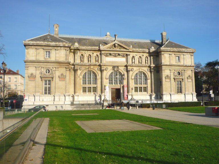Ancien_musée-bibliothèque_-_Grenoble