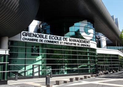 Extérieur bâtiment - Campus Grenoble